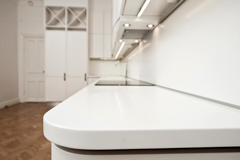 k?k b?nkskiva marmor  Allmoge Ask med SMEG spis och b?nkskivor i