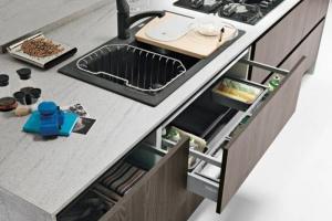 Moderna kök med med dämpande lådutdrag