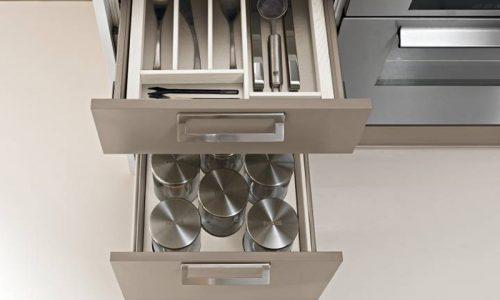 Moderna kök med med smart lådinredning