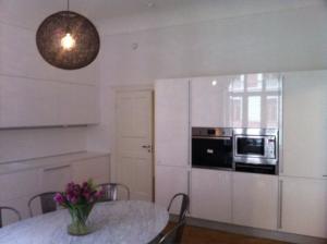 Nya kök i modern stil i märket Febal av Björkman Design